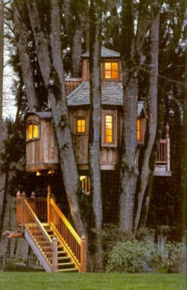 cabane-dans-les-arbres-luxe-deux-étages