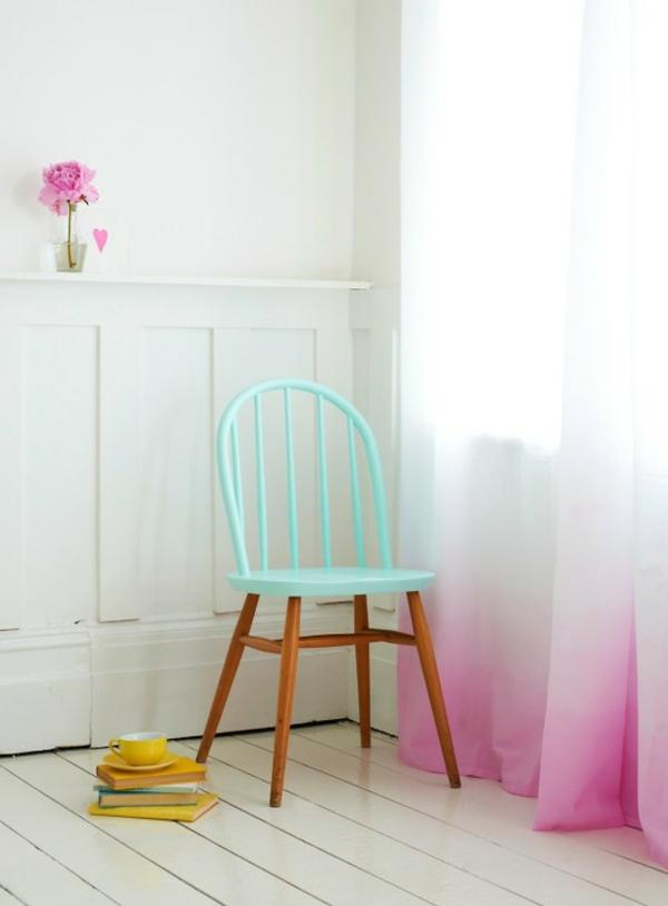 chaise-couleurs-pastels