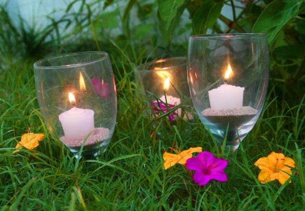 chandelier-de-verre-pour-le-jardin