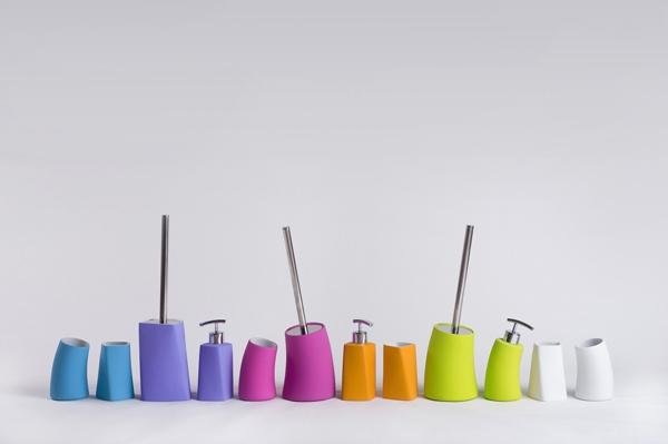 coloré-sallede-de-bain-accessoires