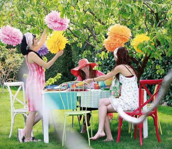 décoration-de-jardin-pas-cher-coloré