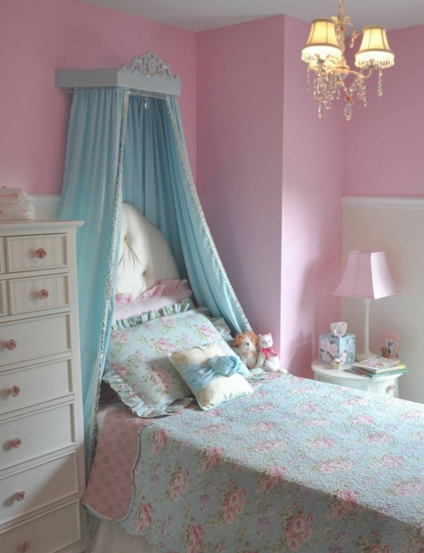 deco-chambre-princesse-bleu-