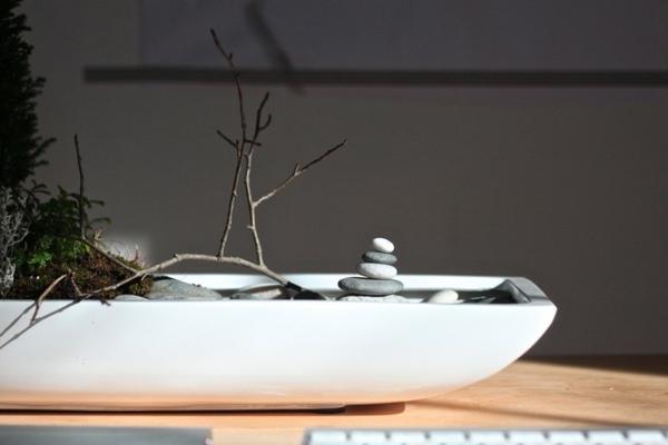 desktop zen garden light 2-resized