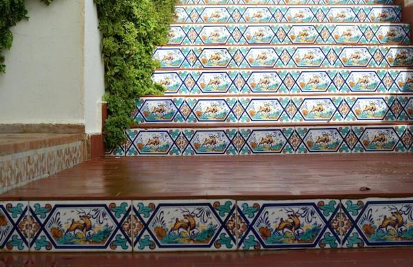 escalier-type-de-carrelage-marocain