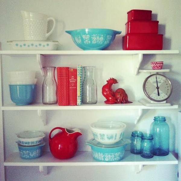 accessoire cuisine rouge elegant mini cuisine rouge avec accessoires with accessoire cuisine. Black Bedroom Furniture Sets. Home Design Ideas