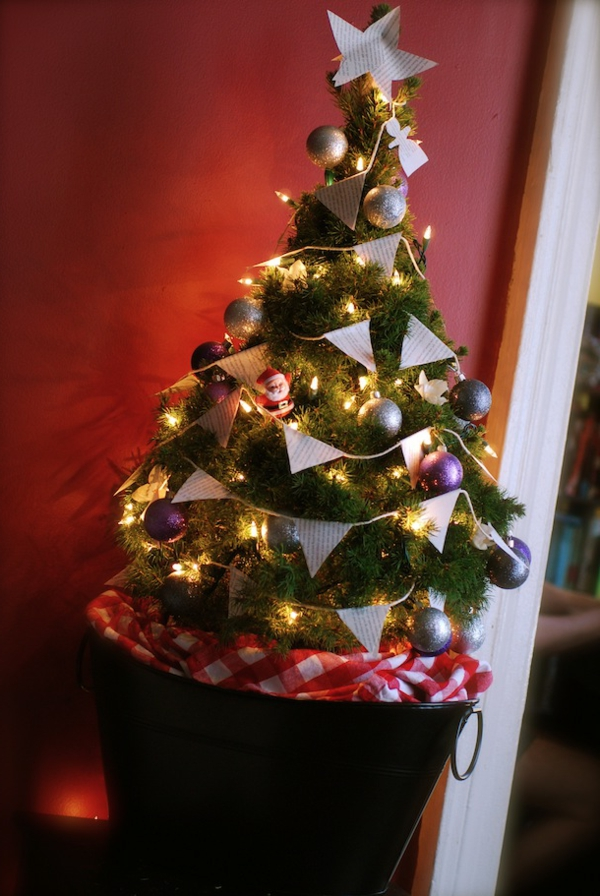 finished DIY christmas tree-resized