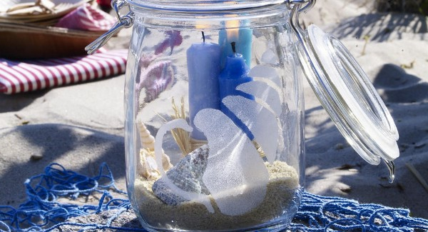 glass-candle-holders-diy-sea-shells-sand-perserving-jar-600x325-resized