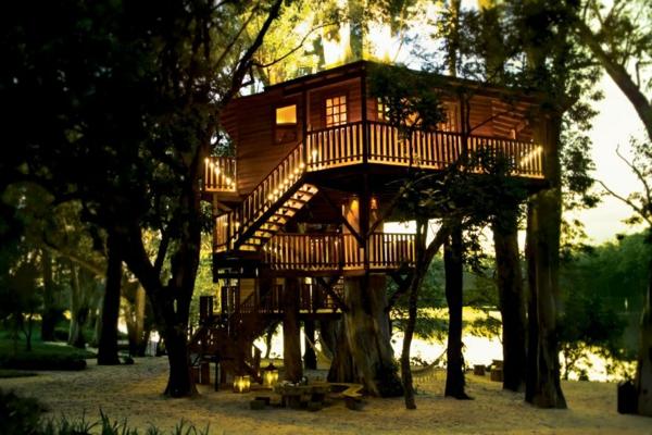 grande-cabane-dans-les-arbres