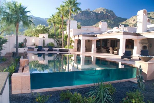 grande-maison-eux-et-piscines