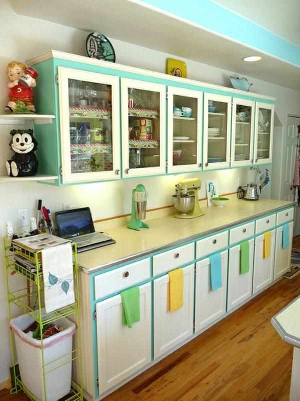 id es pour la deco cuisine retro. Black Bedroom Furniture Sets. Home Design Ideas