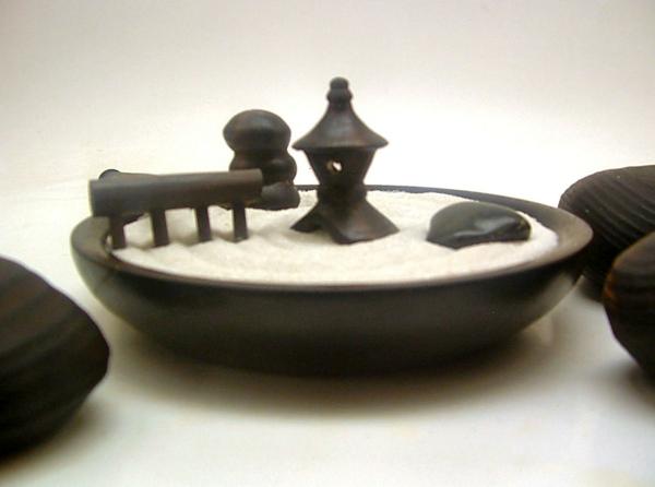 jardin-zen-miniature-japonais