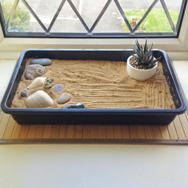 Jardin zen miniature for Creer mini jardin zen