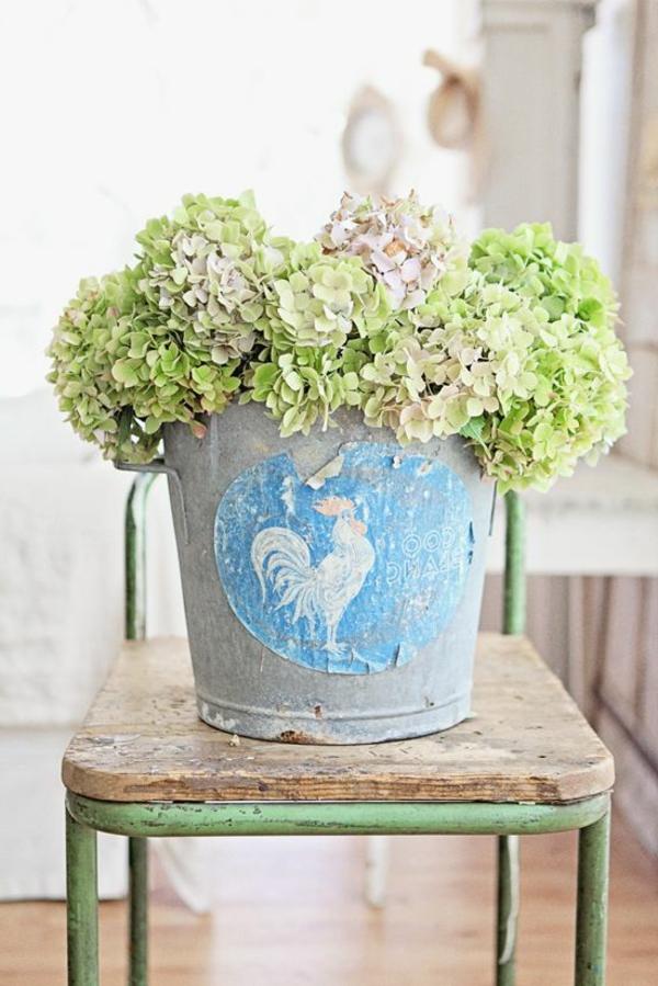 objet-deco-vintage-vert-fleur