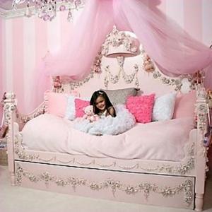 Décoration d'une chambre de petite princesse