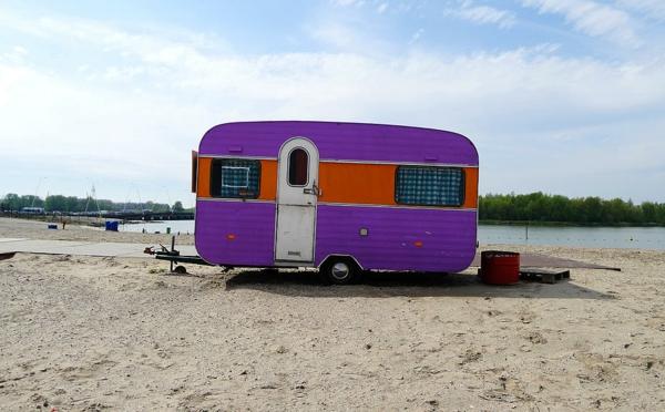 rétro-caravane-violet