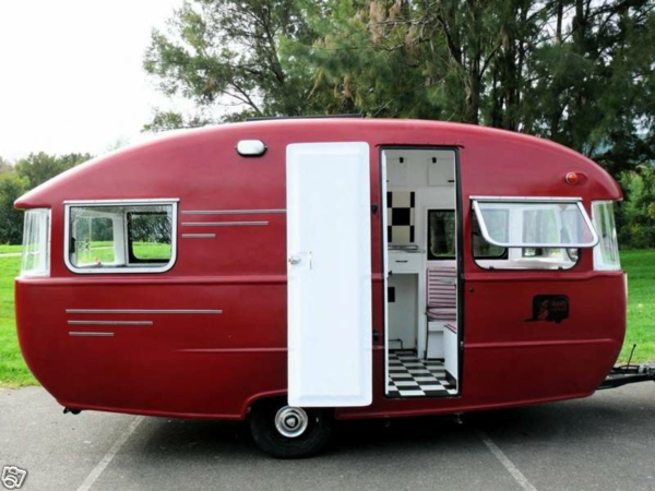 caravane ou camping car. Black Bedroom Furniture Sets. Home Design Ideas