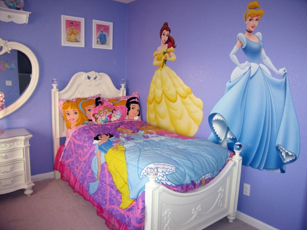 D co chambre disney princesse for Chambre fille princesse