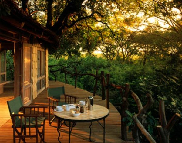 terrasse-cabane-dans-les-arbres