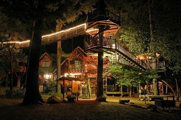 Meuble Salle De Bain Bois Exotique : On espère que vous avez bien aimé nos idées pour cabane dans les …