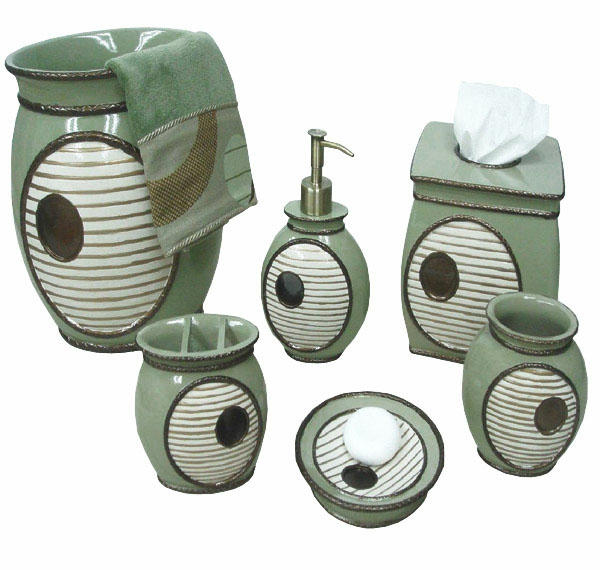 Jolie salle de bain accessoires for Accessoire de salle de bain vert