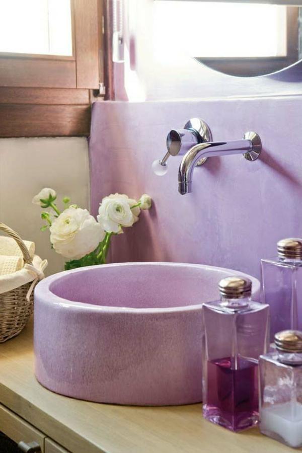violet-coloré-sallede-de-bain-accessoires