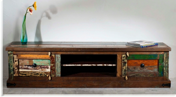 meuble-vintage-commode-couleurs-sombres