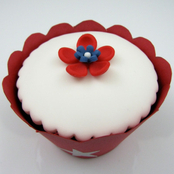 4th-of-july-cupcake-decorating-ideas-05-resized