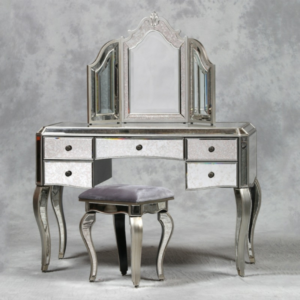 Beautiful-Antique-Dressing-Table-Design-resized