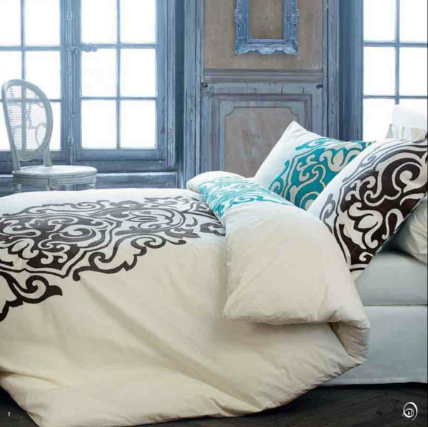 housse de couette coton imprim oriental callige parure de lit orientale with housse de couette. Black Bedroom Furniture Sets. Home Design Ideas