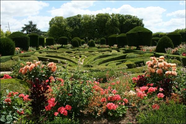 Castres_les_jardins_de_l'évêché-resized
