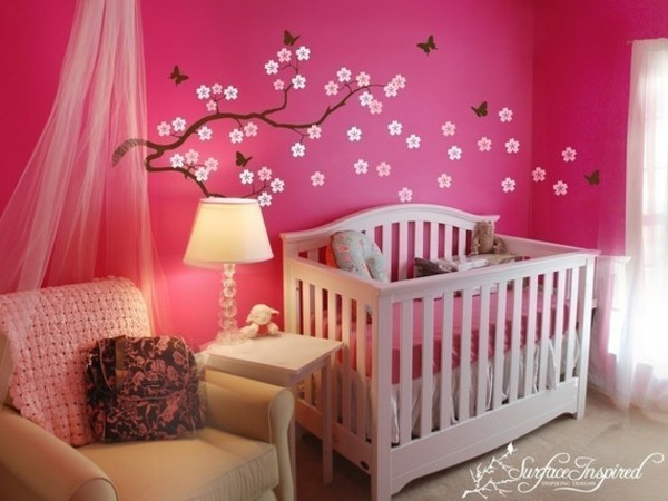 La d coration murale chambre b b comment faire pour for Peinture murale pour chambre bebe