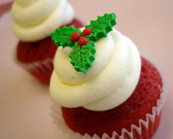 Easy-And-Creative-Christmas-Cupcake-Decorating-Ideas_20-resized