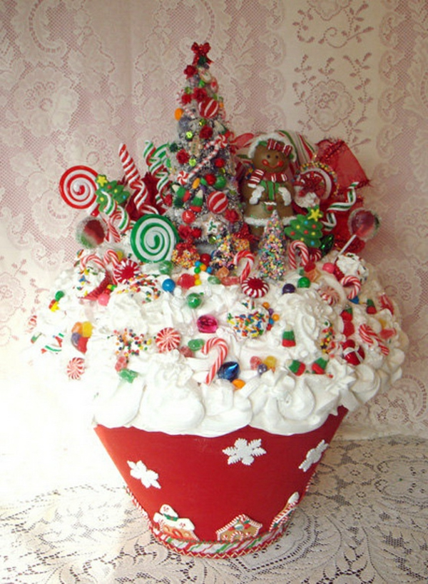 Easy-And-Creative-Christmas-Cupcake-Decorating-Ideas_25-resized