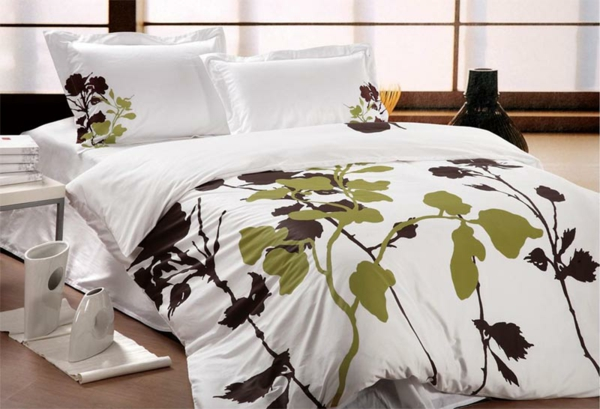 Flower-Motif-Bedding-Home-Interior-Decorating-Tips-resized