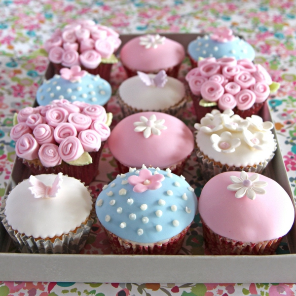 Mothers-day-iced-cupcakes-web-resized