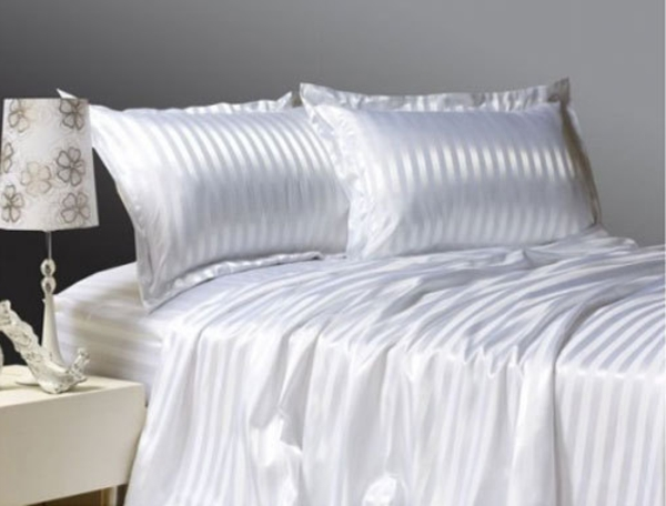 Silk-Bedding-Set-Elizabeth-resized