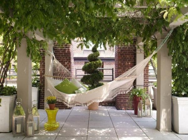 les accessoires de jardin pourquoi pas changer l 39 ambiance de votre jardin ou terrasse. Black Bedroom Furniture Sets. Home Design Ideas