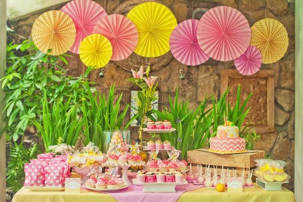 anniversaire-décoration-fleur