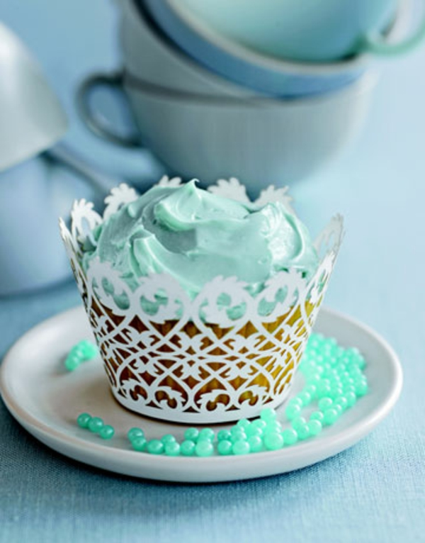 blue-cupcake-de-resized