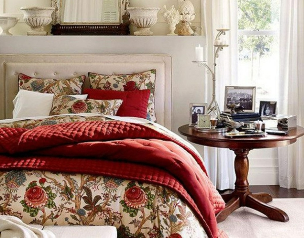 bright-bedroom-vintage-floral-bedding-decorating-ideas-resized