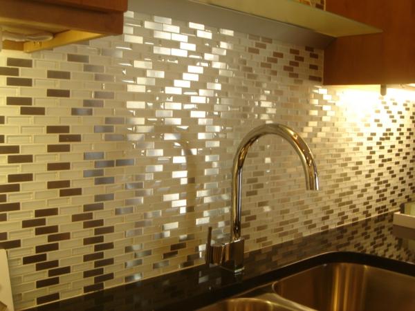 salle de bain en mosaique le carrelage mural pour la salle de bain style et - Faience Salle De Bain Mosaique