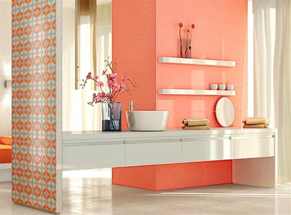 carrelage-mural-pour-la-salle-de-bain-des-plaques-bariolées