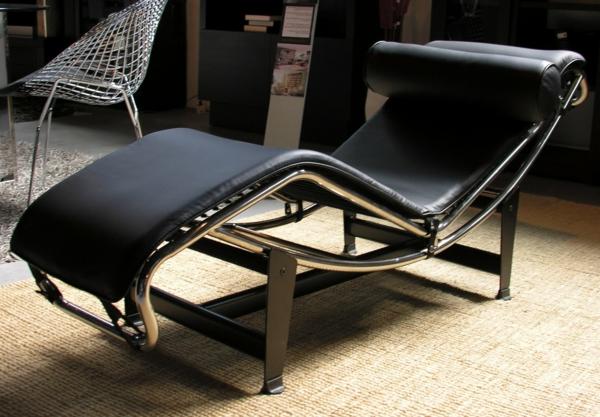 chaise-longue-le corbusier-piel-negra