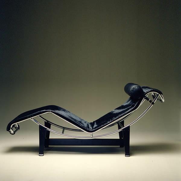 chaise-longue-le-corbusier
