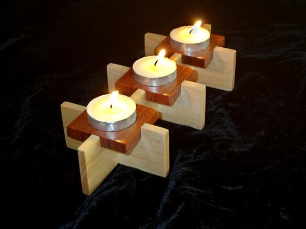 chandelier-en-bois-de-trois-bougies-bois-clair-et-brun