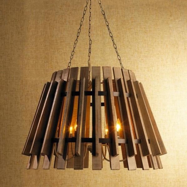 chandelier-en-bois-aux-bougies-éléctriques