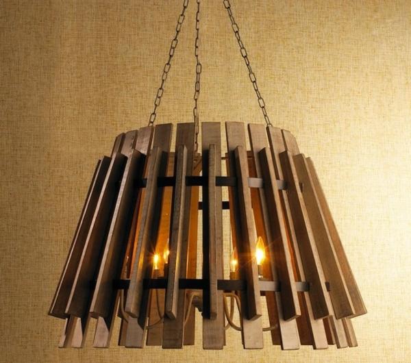 chandelier-en-bois-des-bougies-éléctriques