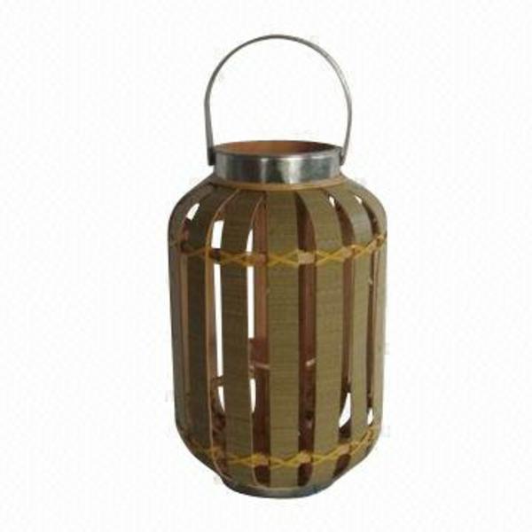 chandelier-en-bois-et-fer-lanterne