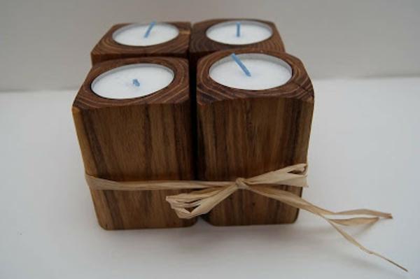 chandelier-en-bois-ensemble-de-quatre-bougies