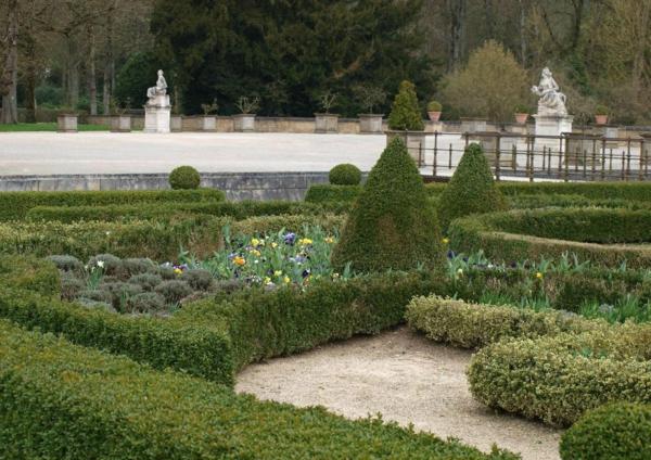 chateau du grand-jardin-resized